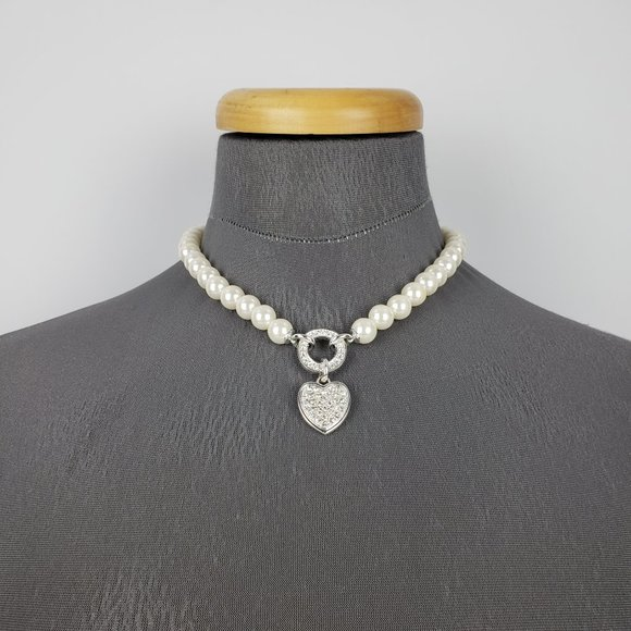Silver Pearl Hart Necklace